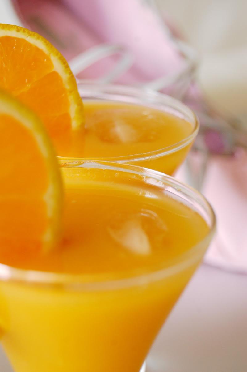 the-global-girl-theglobalgirl-juicing-recipe-mango-orange-juice-smoothie-raw-vegan-diet-1