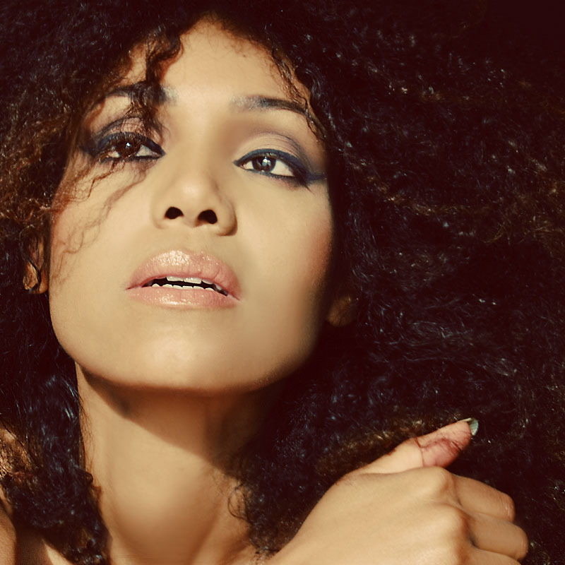 tNdoema The Global Girl shares her hair beauty secret that keeps her natural curls beautiful