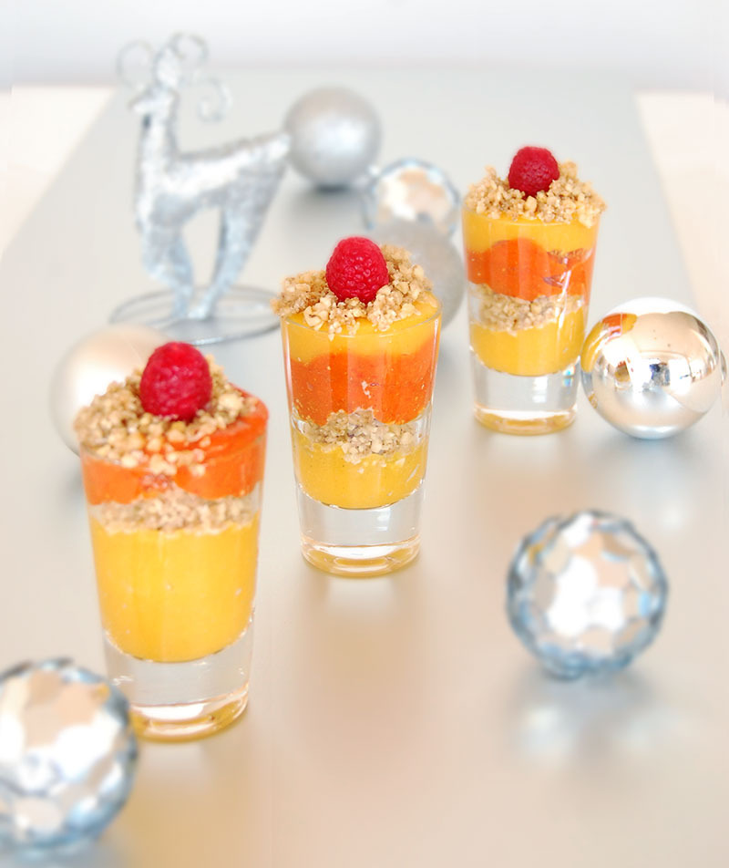 A Healthy Christmas Recipe by The Global Girl: Raw Vegan Mango/Raspberry Parfait with Walnut, Coconut and Cardamom Crumble