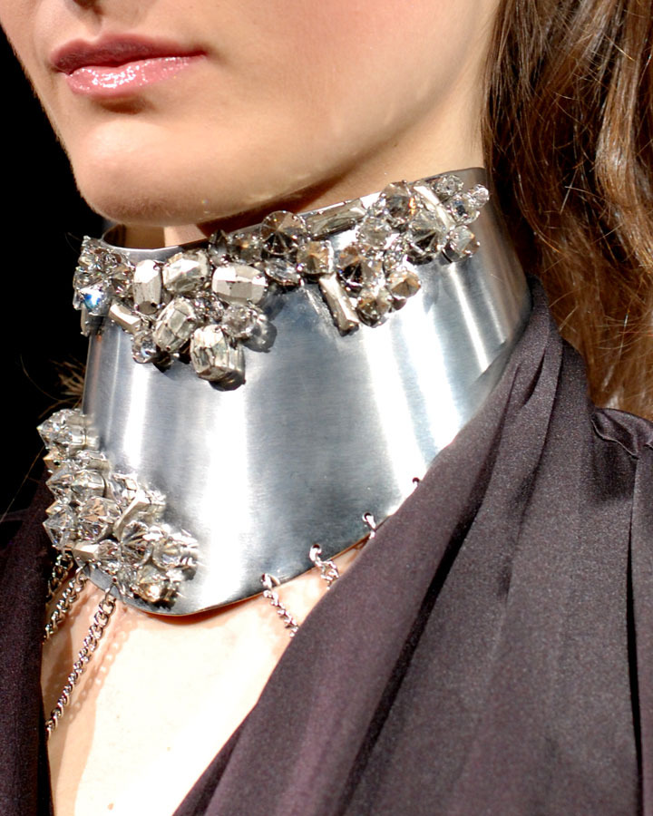 The Global Girl: Monika Chiang Fall 2013 Presentation at New York Fashion Week. Fabulous silver necklace.
