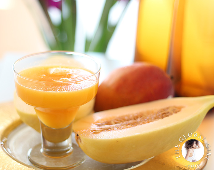 One of my juice fast staples: Mango & crenshaw melon juice. Melons and mangoes are rich in vitamin C which promotes collagen production. Mangoes are loaded with Vitamin A as well as flavonoids like beta-carotene, alpha-carotene, and beta-cryptoxanthin which are also fabulous skin beautifiers.