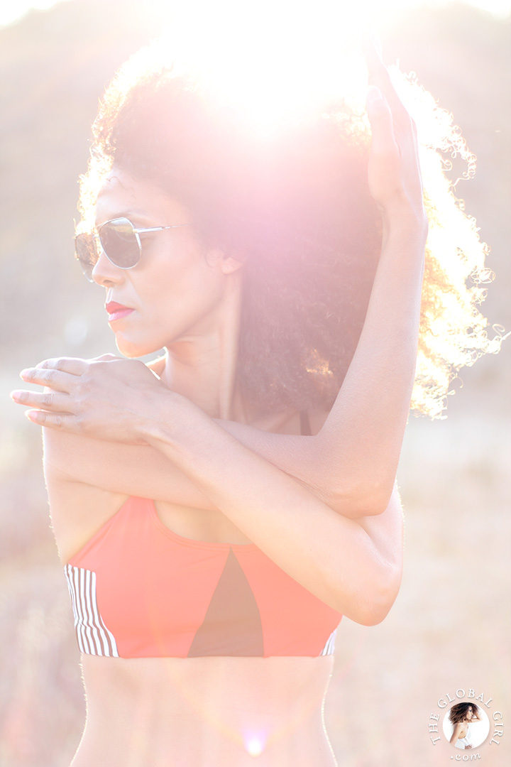 "Ndoema sports geo elastic bra top by of Onzie | Le Specs ""Galactica"" silver mirrored aviator sunglasses."