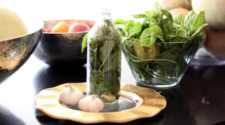 Basil and garlic infused olive oil recipe