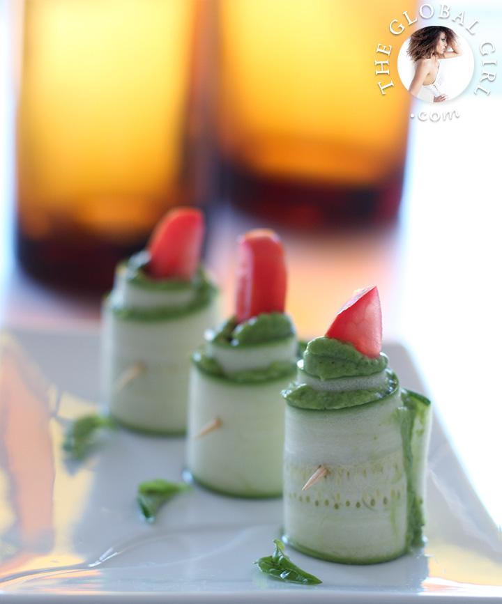 the-global-girl-theglobalgirl-zucchini-roll-ups-herbed-macadamia-cheese-raw-food-recipe-gluten-free-vegan-6