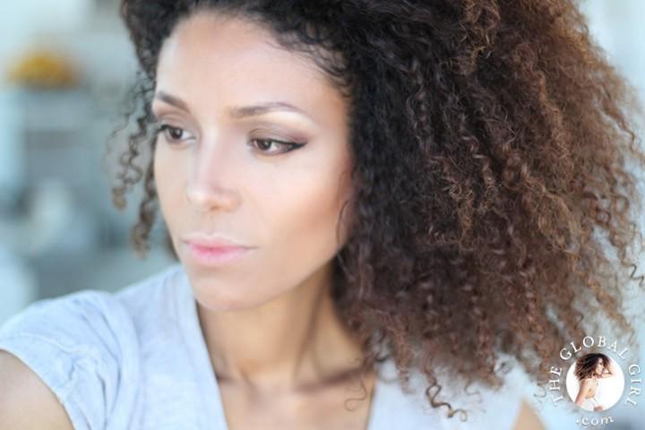 The Global Girl Beauty: Ndoema's secret DIY natural makeup setting spray.