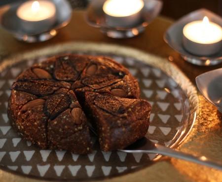 Diwali Mithai: Raw Vegan Anjeer Barfi
