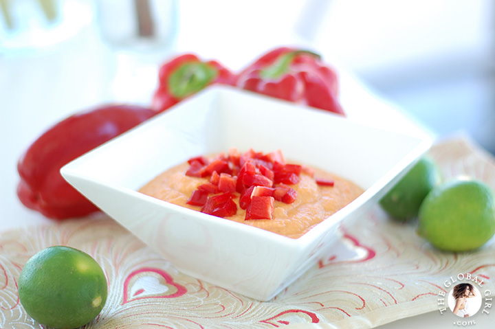 The Global Girl Raw Food Recipes: Spicy Raw Vegan Hummus with juicy red bell pepper, lime and Moroccan harissa. Oil free, low fat and super delicious!