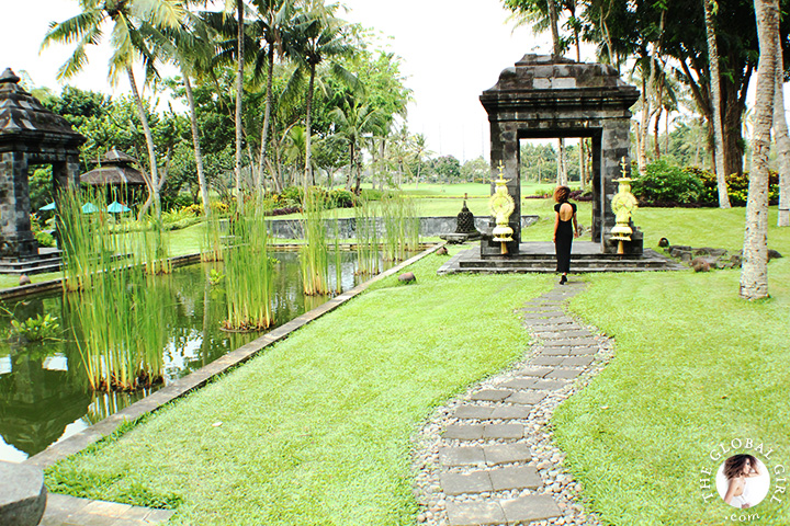 The Global Girl Travels: Ndoema at the Hyatt Regency Yogyakarta in Indonesia. A green oasis in the island of Java. Black backless maxi dress by Tadashi Shoji.