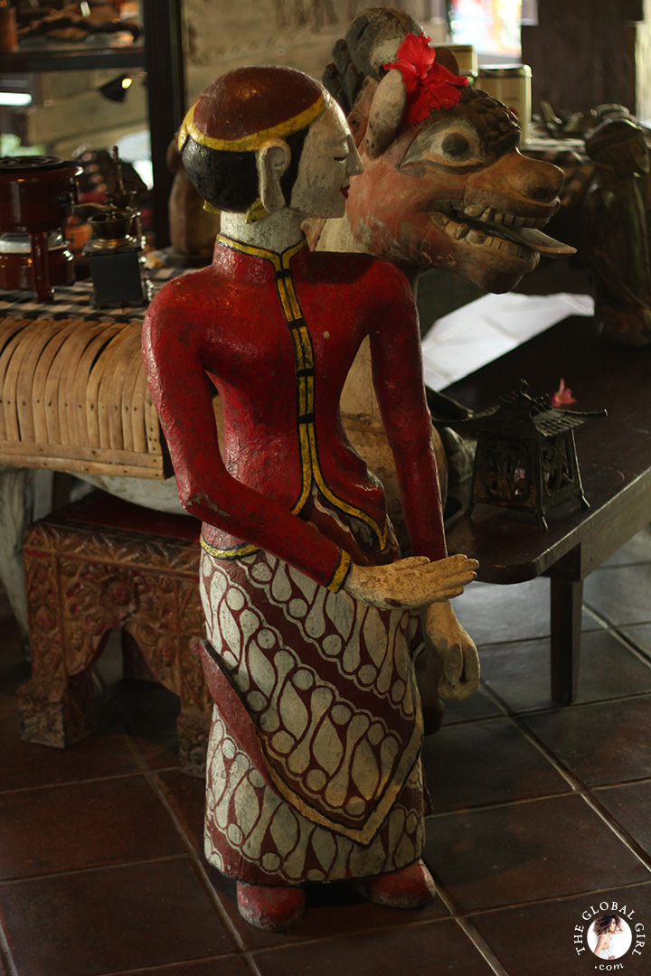 The Global Girl Travels: Getaway amongst museum-worthy sacred art from ancient Indonesian kingdoms in Canggu Beach, Bali.