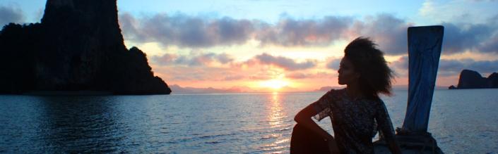 (English) Sunrise on the Andaman Sea
