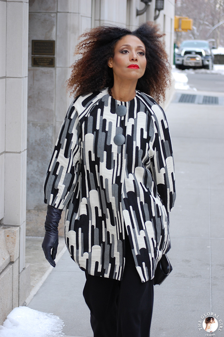 The Global Girl Daily Style: Ndoema rocks statement-making black and white print look at New York Fashion Week.