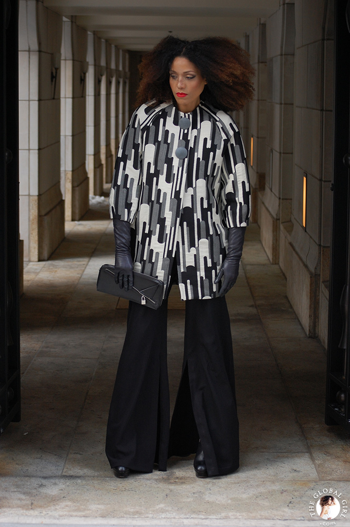 The Global Girl Daily Style: Ndoema rocks statement-making black and white print look at New York Fashion Week