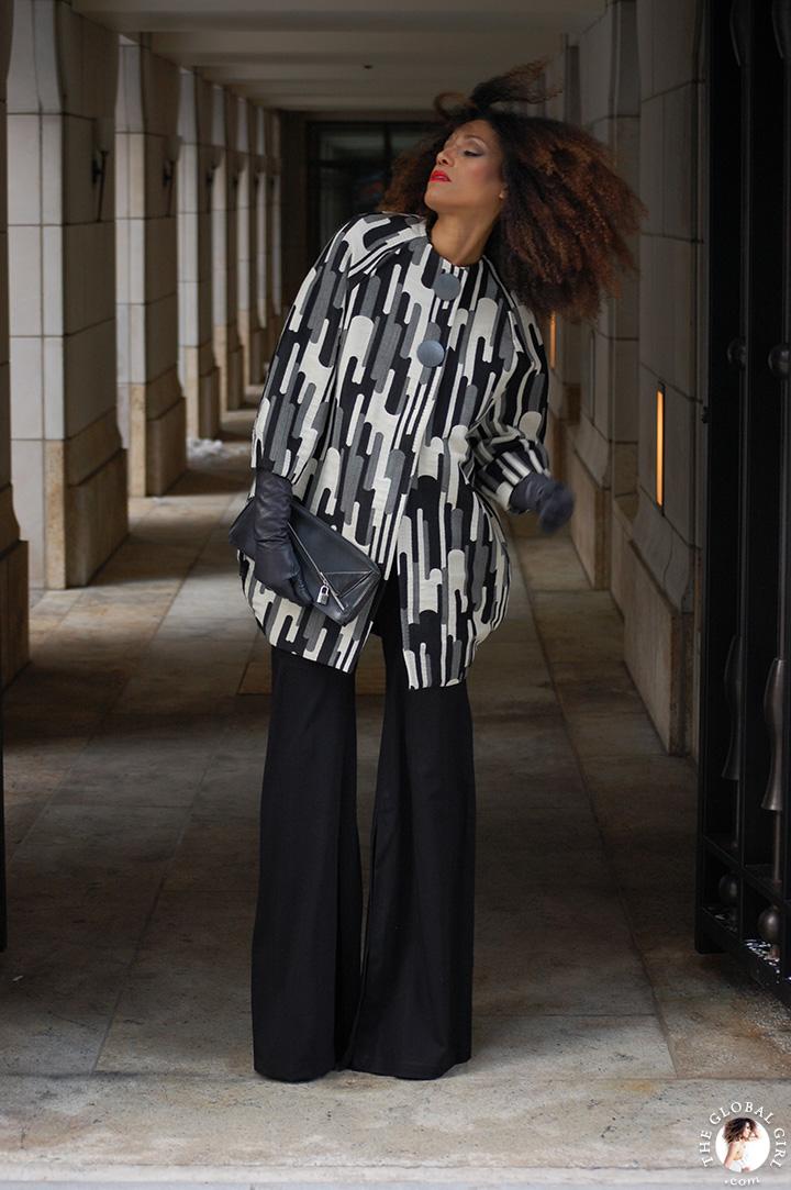 The Global Girl Daily Style: Ndoema rocks a bold black and white print look at New York Fashion Week.