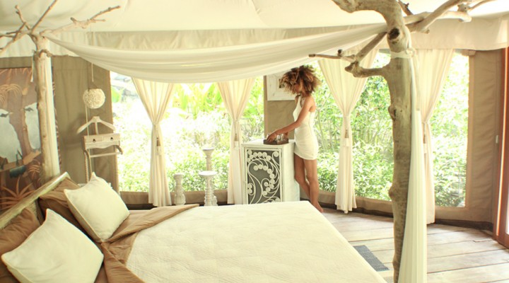The Global Girl Travels: Ndoema at Glampinghub's luxury glamping safari tents in Ubud, Bali. Eco chic meets green living in Indonesia.