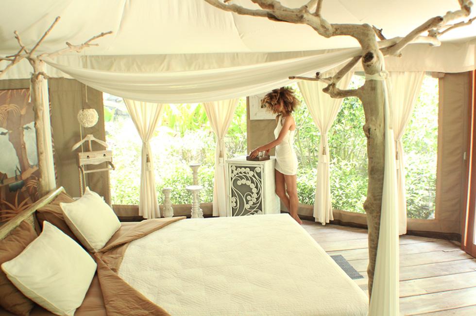 The Global Girl Travels: Ndoema at Glampinghub's luxury glamping safari tents in Ubud, Bali. Eco chic meets green living in Indonesia.