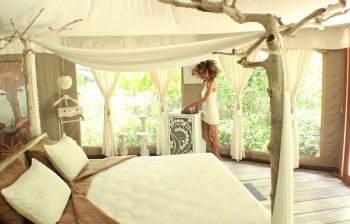 (English) Eco-Chic Glamping in Ubud