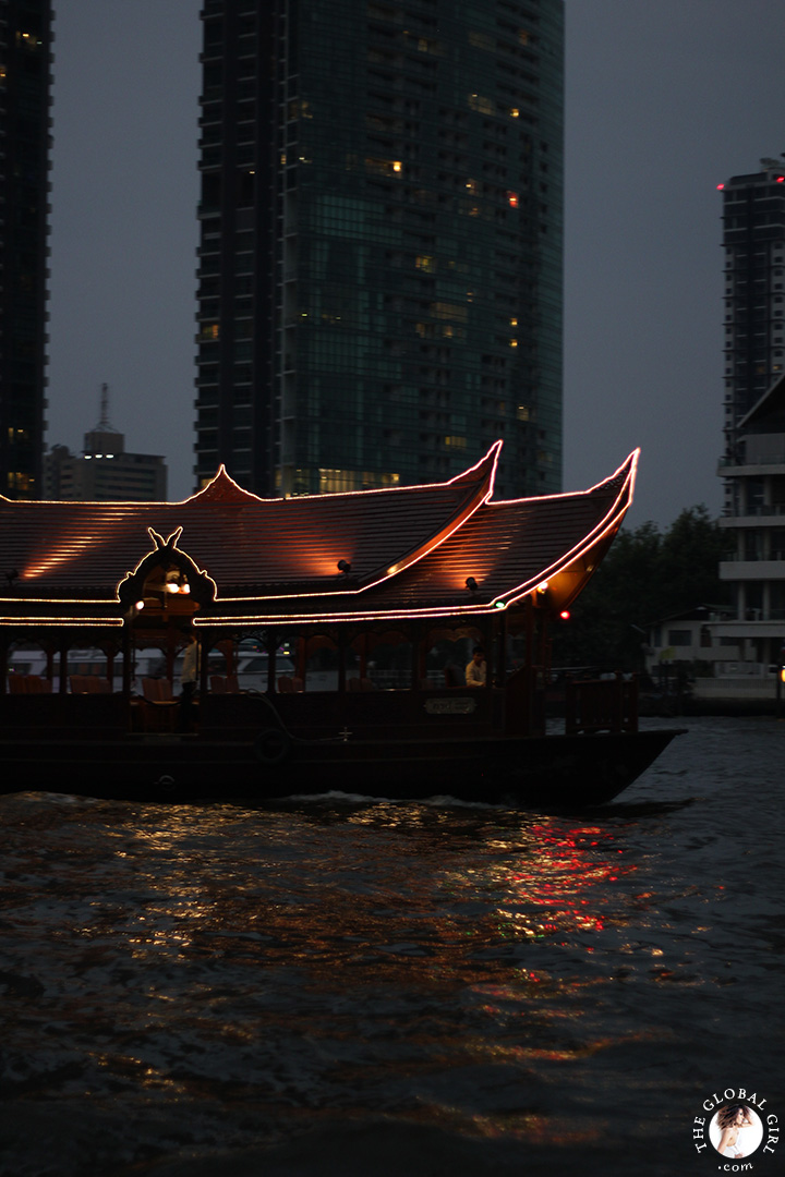 The Global Girl Travels: A ride up the Chao Phraya river in Bangkok, Thailand.