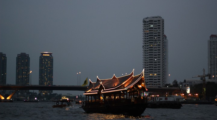 The Global Girl Travels: The Up Chao Phraya River in Bangkok, Thailand.