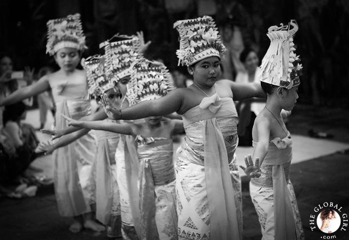 theglobalgirl-the-global-girl-bali-sacred-balinese-barong-ceremony-dance-travel-indonesia-asia-83