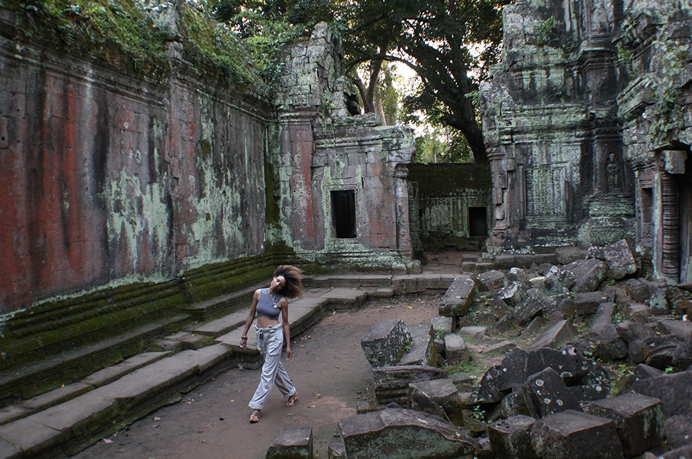 (English) Lost in The  Jungle Ruins of Ta Prohm