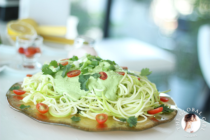 Zucchini pasta with cashew sauce vegan gluten free the global girl the global girl raw food recipes step inside the global girl kitchen for huge meal forumfinder Choice Image
