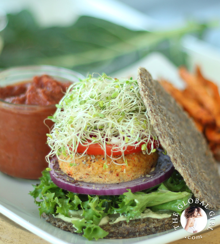 The Global Girl Raw Recipes: These super simple nut-free, oil-free, grain-free and gluten-free raw vegan burger buns are the perfect balance of light and hearty and crunchy but soft. Delish slathered with mayo (the beauty-boosting kind: https://theglobalgirl.com/raw-dressings/) and combined with no-bake burger patties and no-fry French fries, with a serving fat-free raw vegan ketchup on the side.