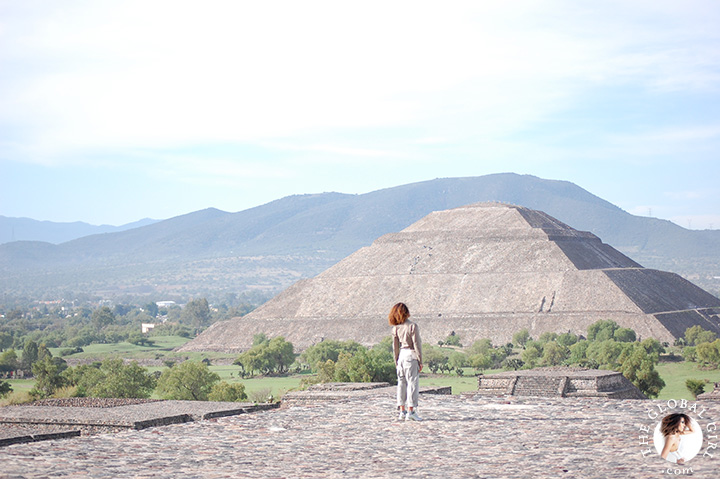 The Global Girl Travels: Ndoema at the Pyramid of The Moon in Teotihuacan, Mexico.
