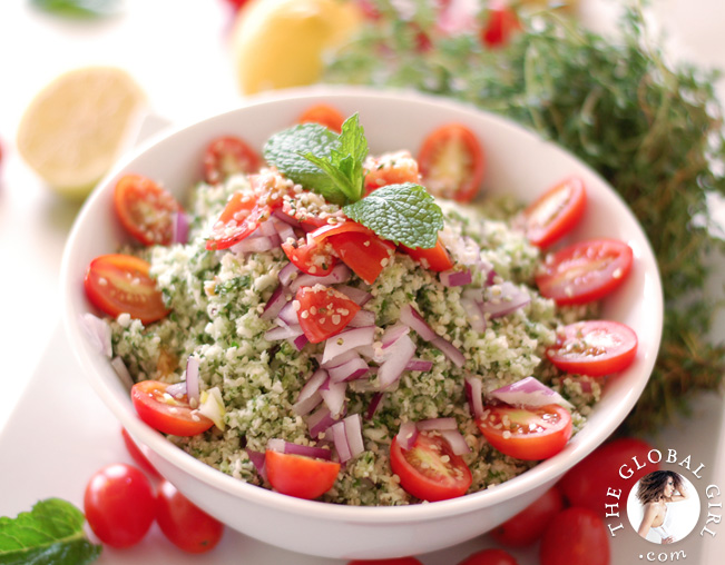 tabbouleh-gluten-free-cauliflower-raw-vegan-recipe-theglobalgirl-the-global-girl