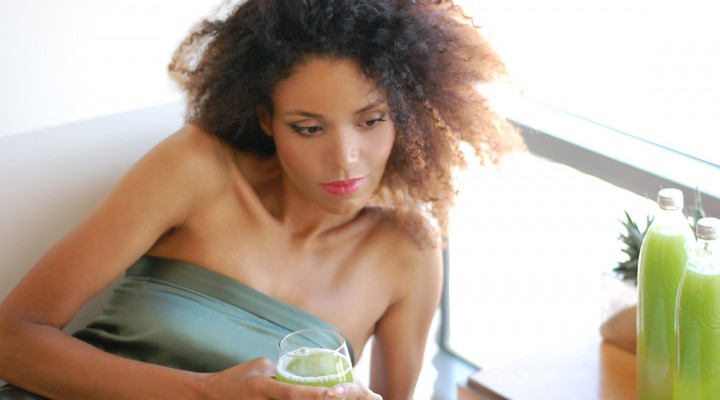 The Global Girl Beauty Juice Fast: Ndoema shares her top 5 juicers, tools and tips for a successful 90 day juice fast.