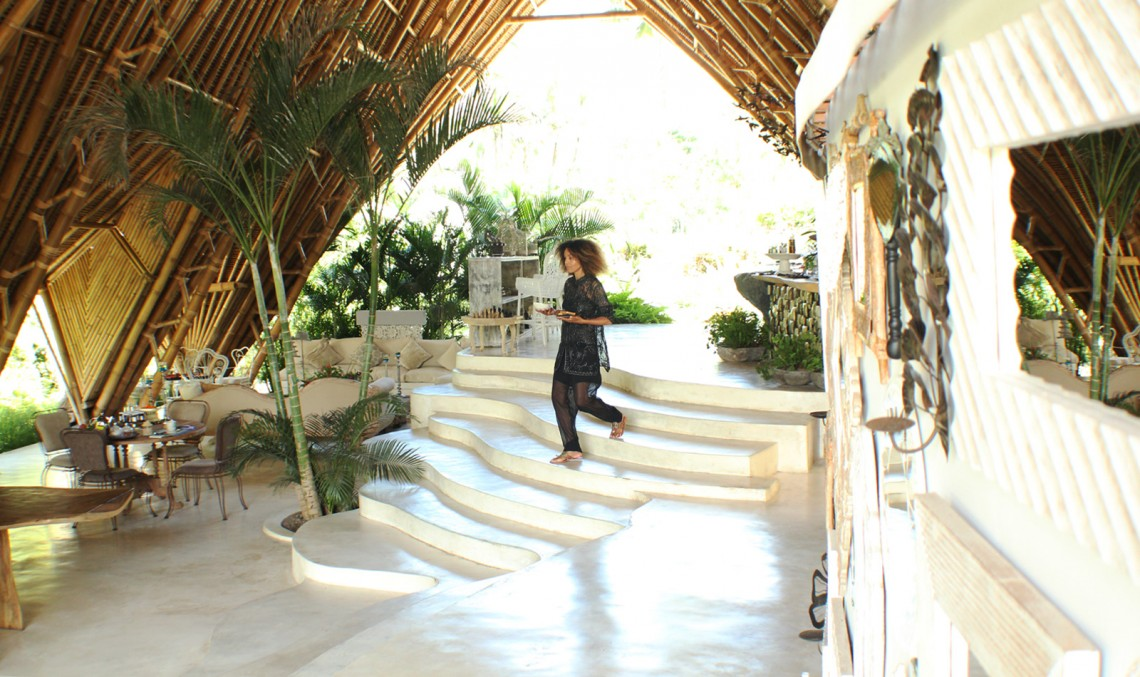 The Global Girl Travels: Ndoema enjoys a tropical breakfast at Glamping Hub's luxury glamping tents in Ubud, Bali.