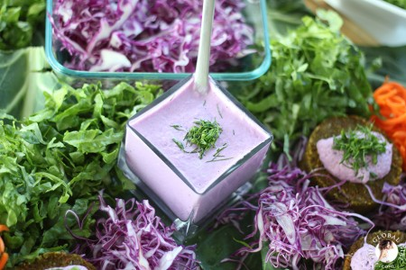 The Global Girl Raw Food Recipes: Antioxidant-Packed Creamy Vegan Dip. 100% raw, vegan, dairy free and gluten free.