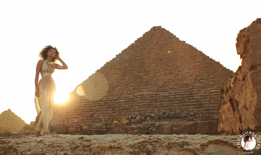 gold-lame-dress-goddess-gown-giza-pyramids-egypt-ndoema-the-global-girl-theglobalgirl-00