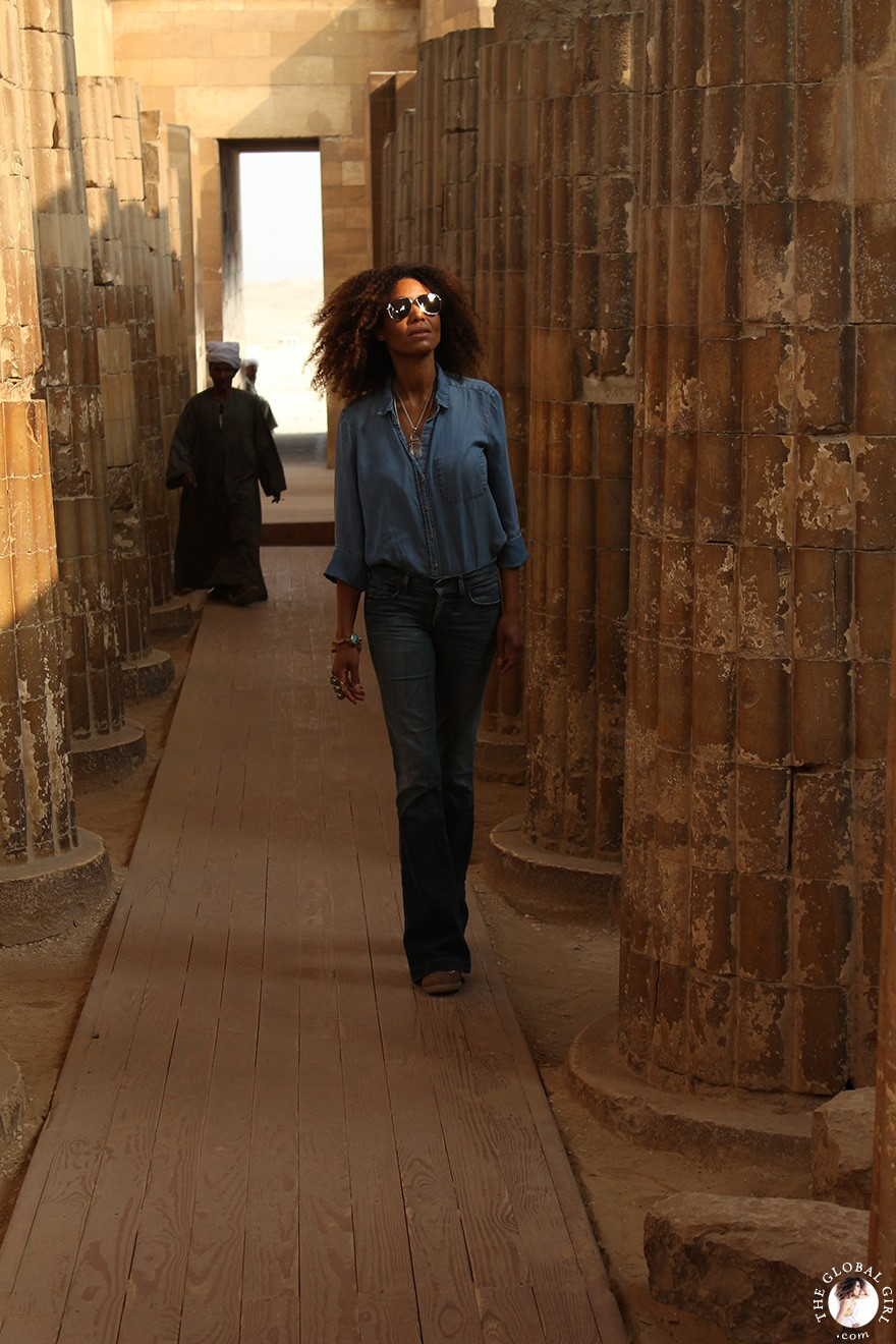 all-denim-on-denim-look-ndoema-saqqara-egypt-nubia-north-africa-the-global-girl-theglobalgirl-01