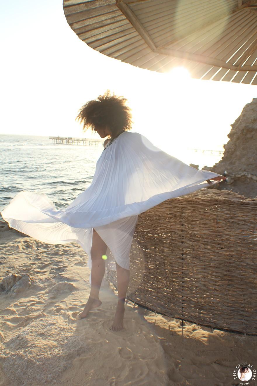 goddess-dress-white-pleated-one-shoulder-ndoema-marsa-alam-red-sea-egypt-the-global-girl-theglobalgirl-32