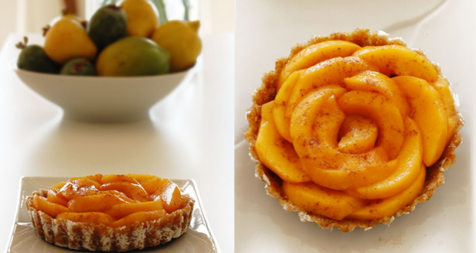 Gluten-free Raw Vegan Peach Tart | THE GLOBAL GIRL ®