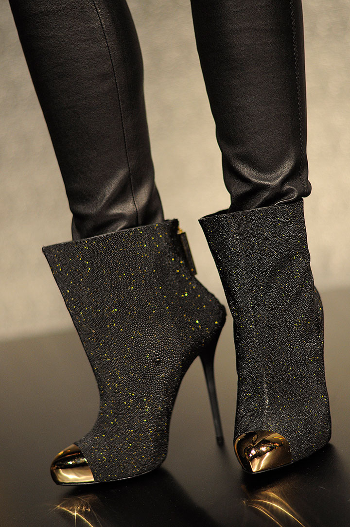 the-global-girl-theglobalgirl-mathieu-mirano-fall-2013-collection-new-york-fashion-week-22