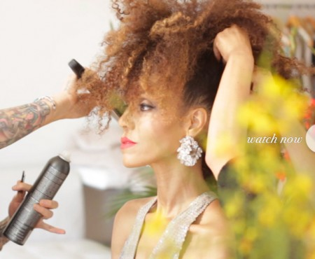 "The Global Girl Beauty Tutorials: In this video tutorial ""Get Red-Carpet Ready with Ndoema & Aveda"" and learn how to achieve an elegant mohawk hairstyle."