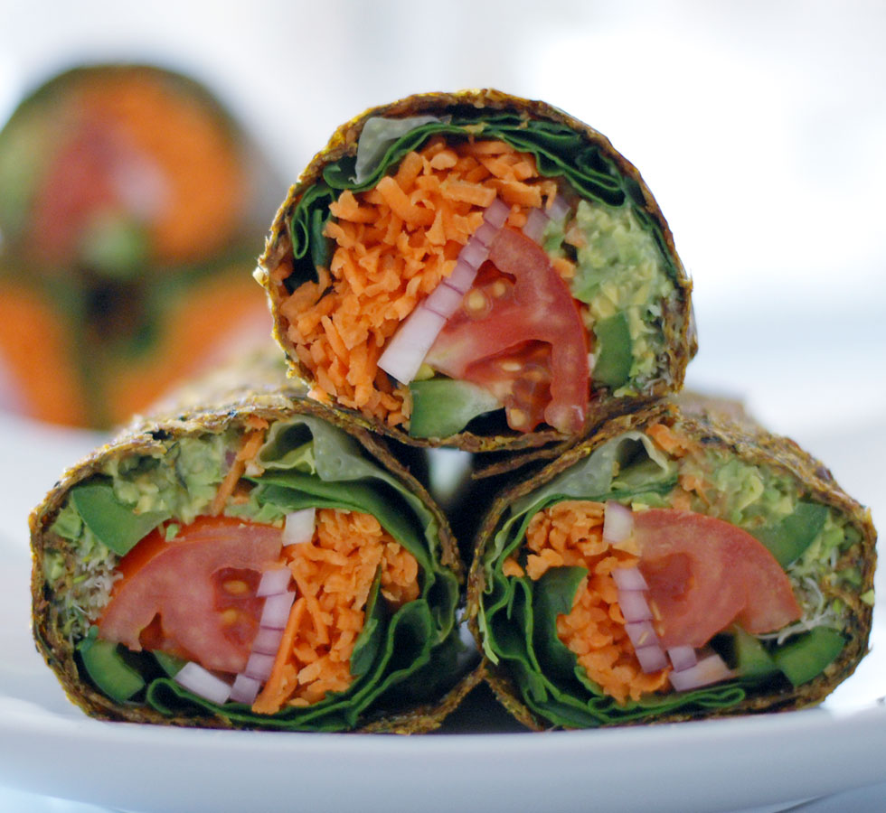 Raw guacamole burrito in zucchini flaxseed wrap the global girl super guacamole burrito raw gluten free forumfinder Images