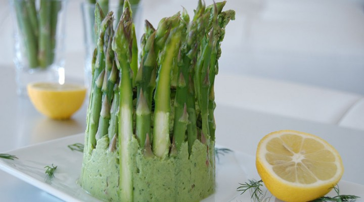 Raw Vegan Asparagus & Avocado Dip