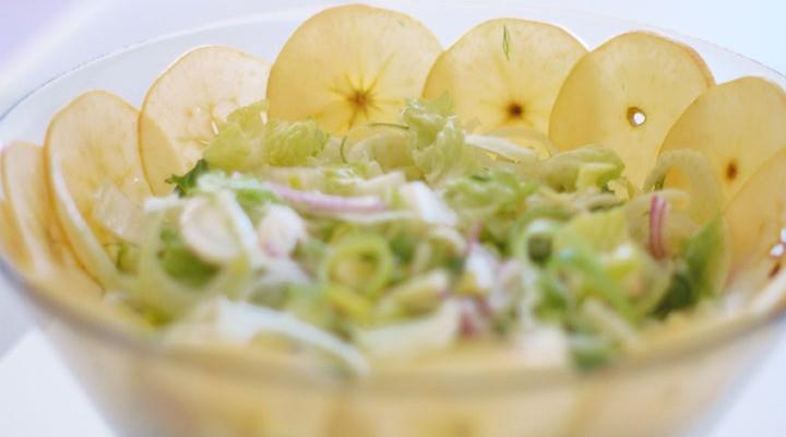 Raw Fennel & Apple Salad