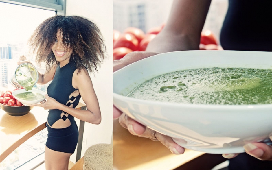 Ndoema The Global Girl shares her favorite green smoothie recipe with spinach, tomato, cucumber, carrot and avocado